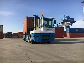 CTU tests Terberg hydrogen-powered terminal tractor...